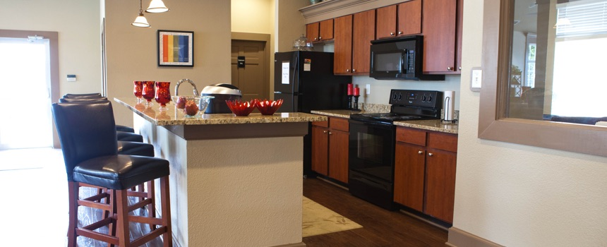 North Haven Apartments in Carmel clubhouse kitchen